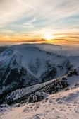 The beautiful sunset in mountains — Stock Photo