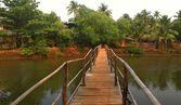 A bamboo bridge in India — Stock Photo