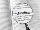 Objektiv und die Inschrift Technologie — Stockfoto