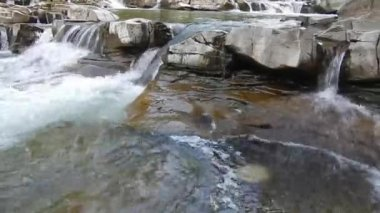 River and stones — Stock Video