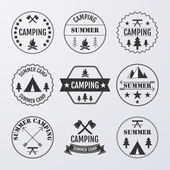 Vector illustration set of logos on the theme of camping — Stock Vector
