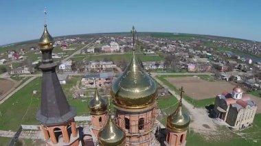 Construction of an Orthodox church. — Vidéo