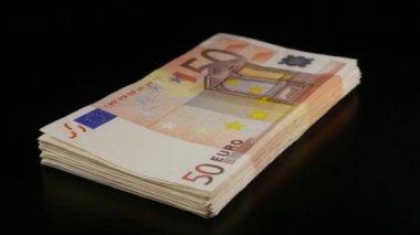 50 euro yığını dönüm faturaları — Stok video