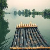 Bamboo rafting  in Yulong River — Zdjęcie stockowe