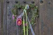 Door wreath — Stock Photo