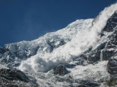 Avalanche from Annapurna — Stockfoto