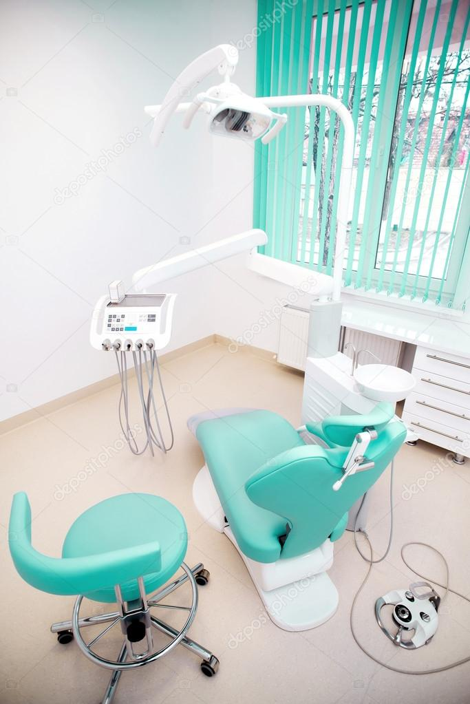 Design de interiores cl nica dent ria com cadeira e for Dental clinic interior designs