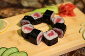Delicious Tekka maki sushi rolls — Stock Photo