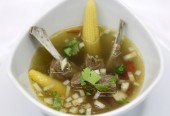 Delicious Kazakhstani soup — Stock Photo