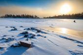 ポーラー ・ ランドス ケープの正午の夕日 — ストック写真