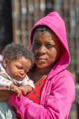 African woman and baby — Stock Photo