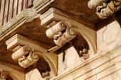 Baroque Corbels In A Balcony Of Palazzolo Acreide, Sicily — Stock Photo