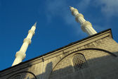 Minarets Of Mosque Against Blue Sky — Stock Photo