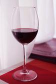 Wein in einem restaurant — Stockfoto