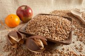 Wheat as natural food — Stock Photo