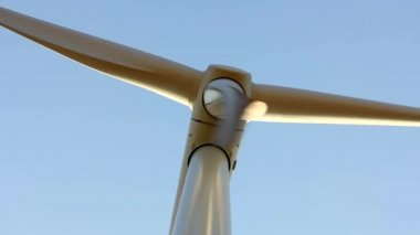 Wind Turbine with close up shot. — Stock Video