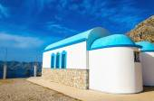 Church with iconic blue roof on Greek island — Stock Photo
