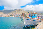 Typical Greek Fishermans boat in harbour, Greece — Stock fotografie