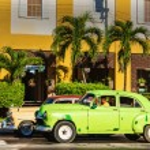 Old classic American cars  in Havana — Stock Photo #72835269