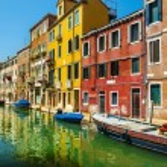 Beautiful romantic Venetian scenery — Stock Photo #72835831