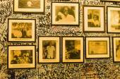 Portraits of famous people in Bodeguita del Medio — Stock Photo