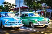 Havana'daki amerikan arabaları — Stok fotoğraf