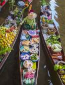 Boats with colourful fruits vegetables, Thailand — Stock Photo