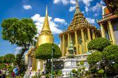 Great Palace Buddhist temple, Bangkok in Thailand — Stock Photo