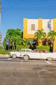 Lassic American cars in Havana, Cuba — Stock Photo