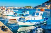 Blue-white  boats in Greek port, Greece — Stock Photo