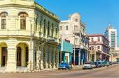 Classic American cars in Havana, Cuba — Stock Photo