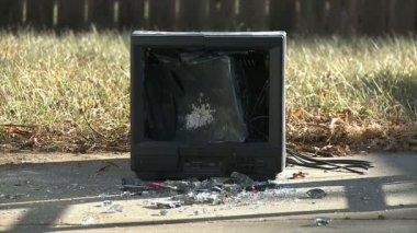 Televizor do krutým kanálu — Stock video