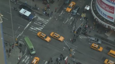 7th Avenue and 47th Street in Times Square — Video Stock