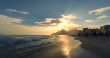 Ipanema Beach Sunset in Rio de Janeiro Brazil — Stock Video