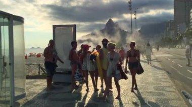 Brazilians at Posto Nove Lifeguard Tower — Stock Video