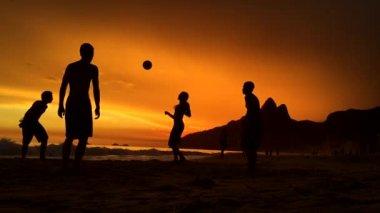 Silhouettes Playing Beach Soccer Rio de Janeiro Brazil — Stock Video