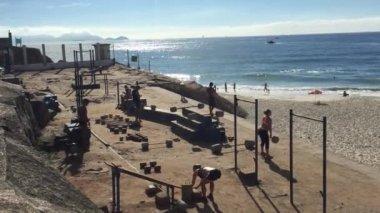 Rustic Outdoor Gym Arpoador Rio de Janeiro Brazil — Stock Video