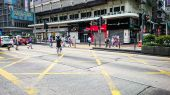 People in street of Hong Kong — Stock Photo