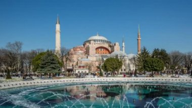 Time Lapse Photography, crowd visiting Hagia Sophia — Stockvideo