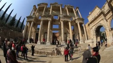 Celsius Library in the ancient city of Ephesus — Stock Video