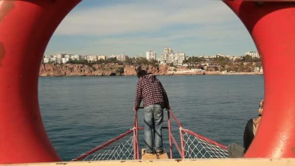 Sortie en mer — Vidéo