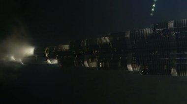 Burj Khalifa at night — Stock Video