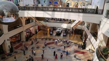 Elegante Shopping-mall — Stockvideo