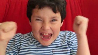 Happy child applauding — Stock Video