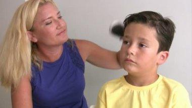 Mother Combing Little Boy's Hair — Stock Video