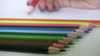 Painting with colored pencils — Stock Video