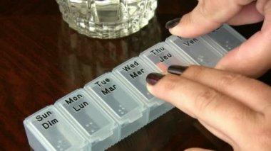 Pill box — Stock Video