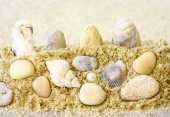 Sand,sea,and pebbles — Stock Photo