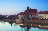 A cityscape cathedral, river Odra. Wroclaw, Poland, at dusk — Stock Photo