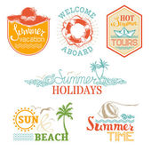 Vector set of summer and vacation labels and emblems.  — Stock Vector